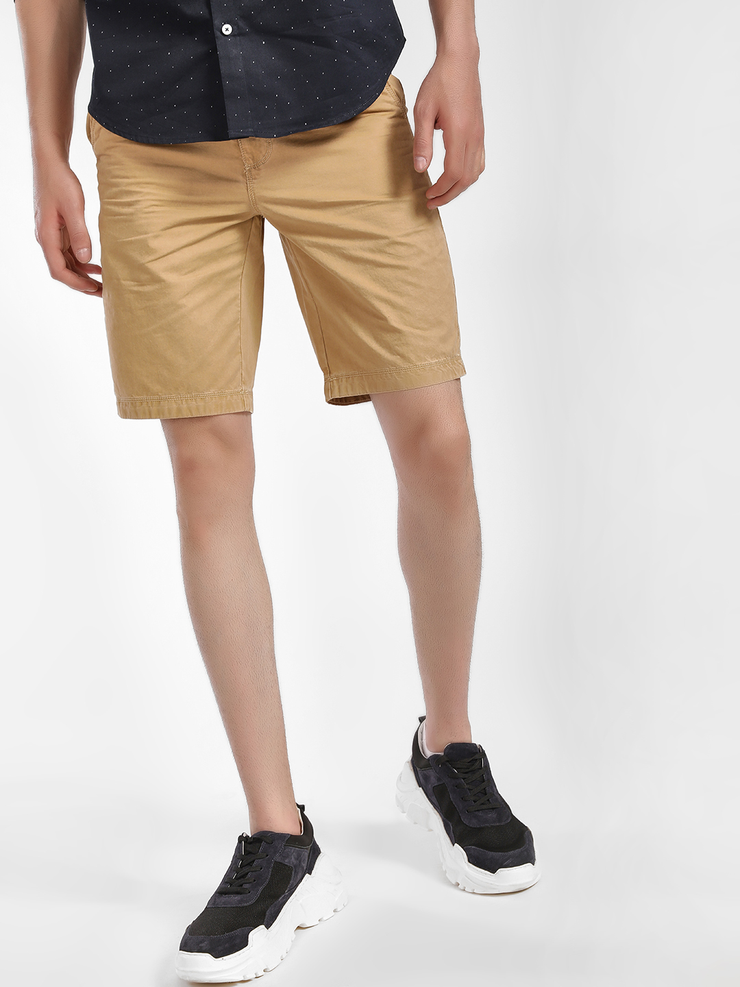 Buffalo Khaki Basic Shorts 1
