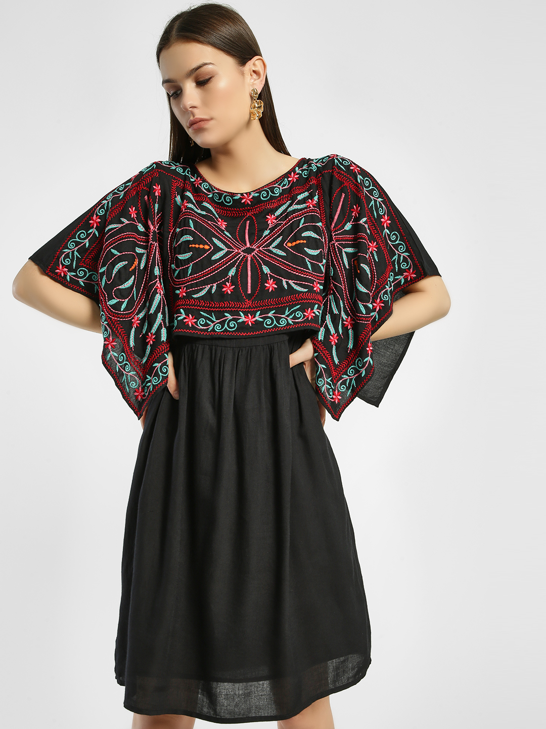 Rena Love Black Embroidered Overlay Shift Dresses 1