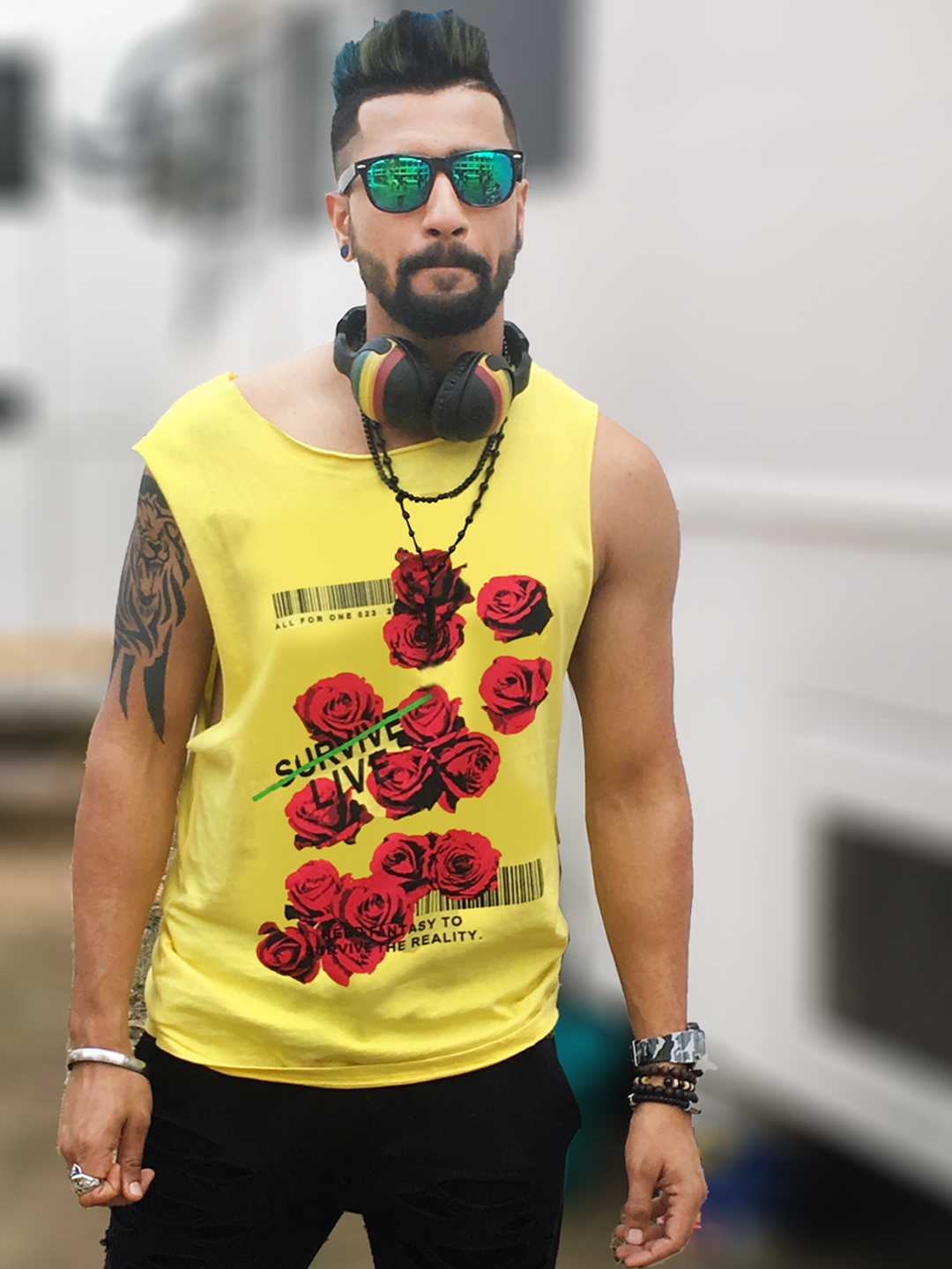 Bollywoo Yellow In The Style Of Vicky Kaushal Rose Print Vest 1