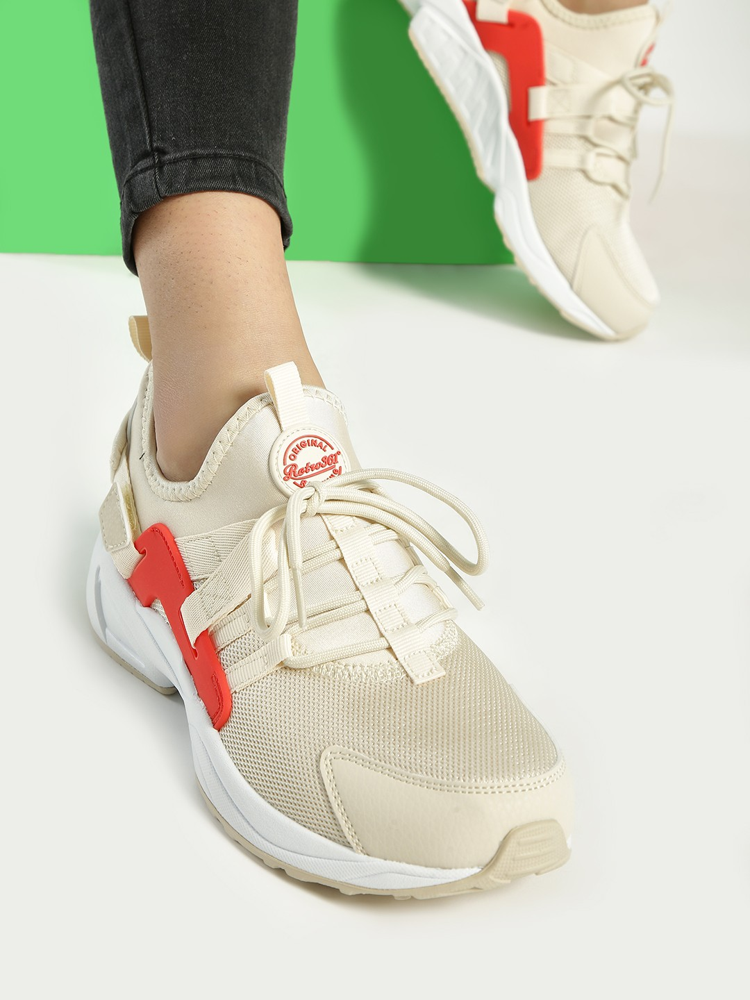 361 Degree Off-White Knitted Running Shoes 1