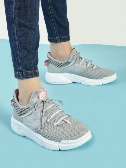 361 Degree Knitted Sockliner Trainers