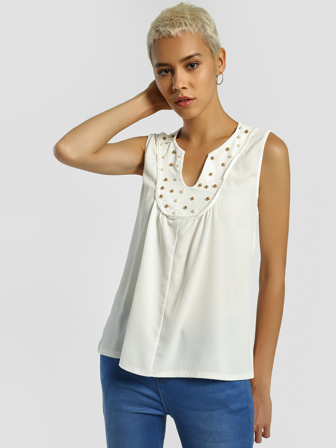 Privy League White Pearl Embellished Sleeveless Top 1