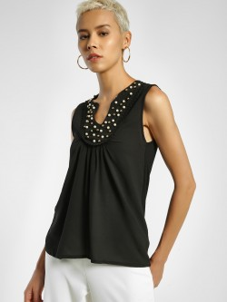 Privy League Pearl Embellished Sleeveless Top