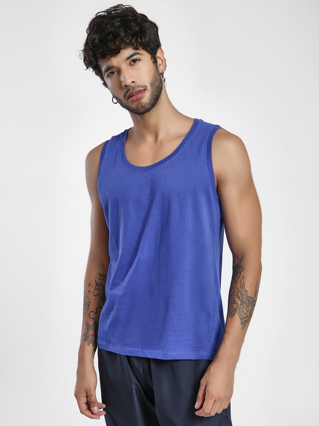 Alcott ROYALE Basic Scoop Neck Vest 1