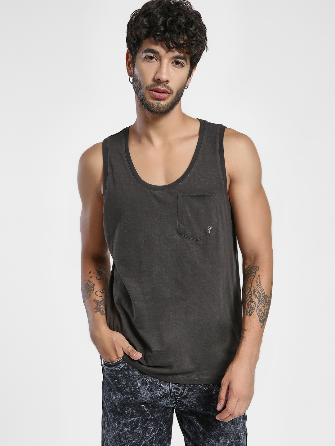 Alcott Black Basic Scoop Neck Vest 1
