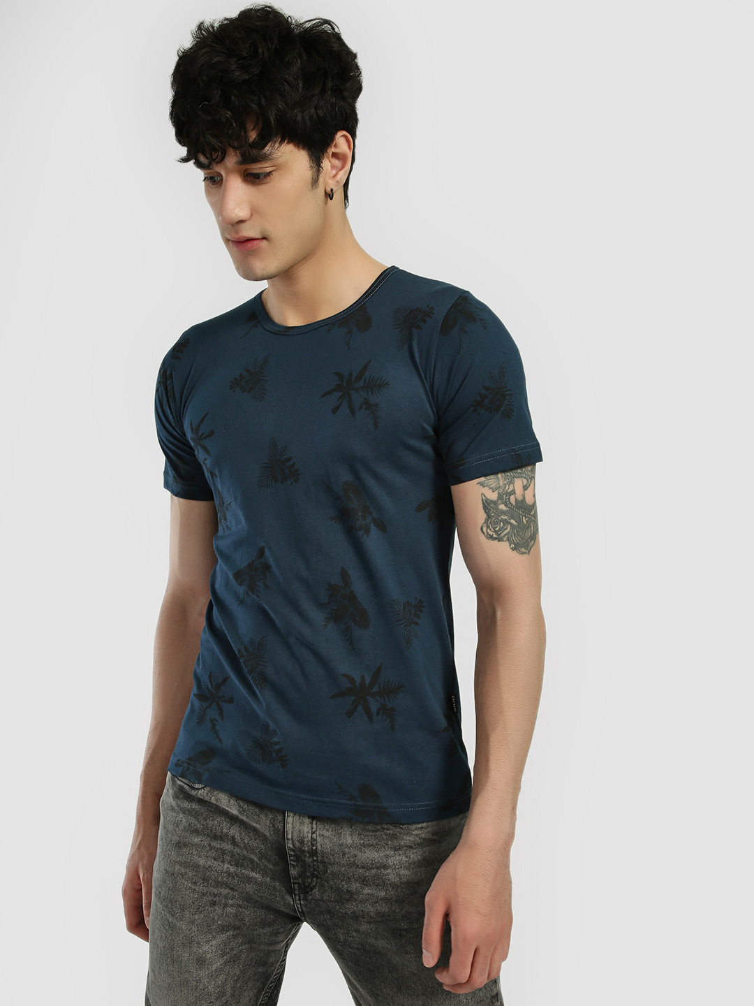 Rigo Blue Floral Print Short Sleeve T-Shirt 1