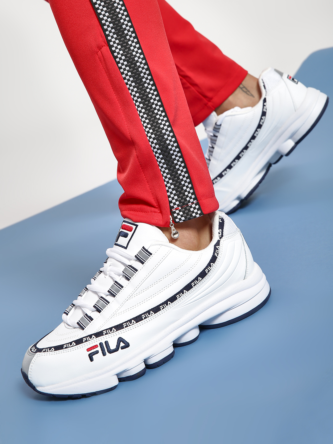 Fila White Dragster 98 Trainers 1