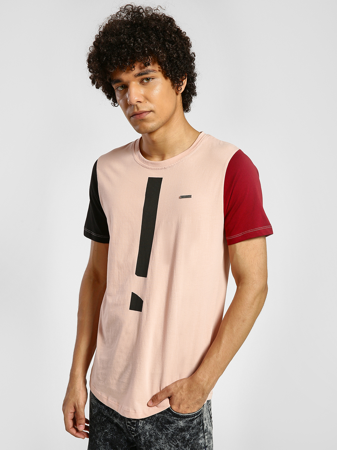 IMPACKT Multi Exclamation Mark Print Contrast Sleeve T-Shirt 1