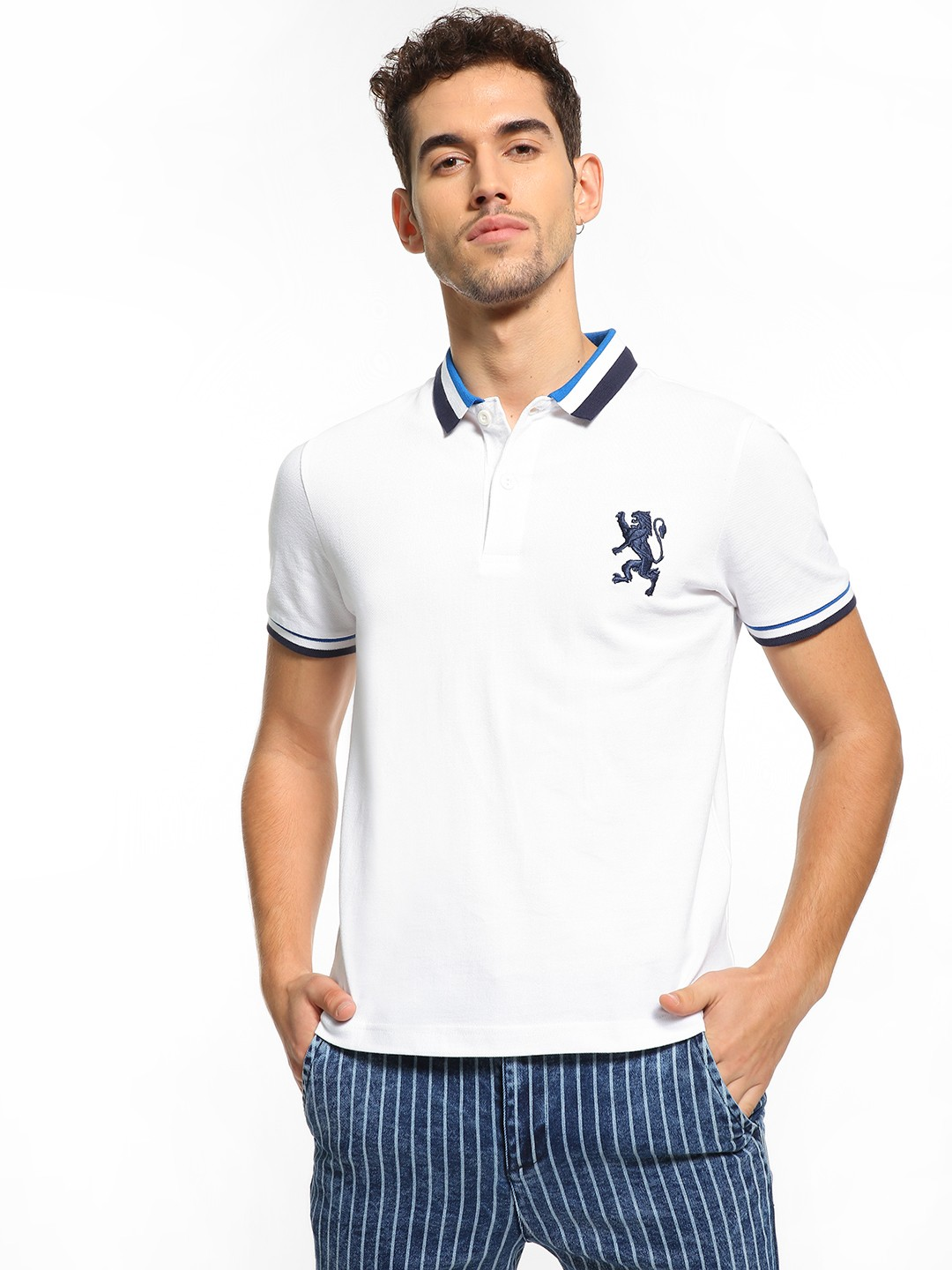 Giordano White Embroidered Logo Polo Shirt 1