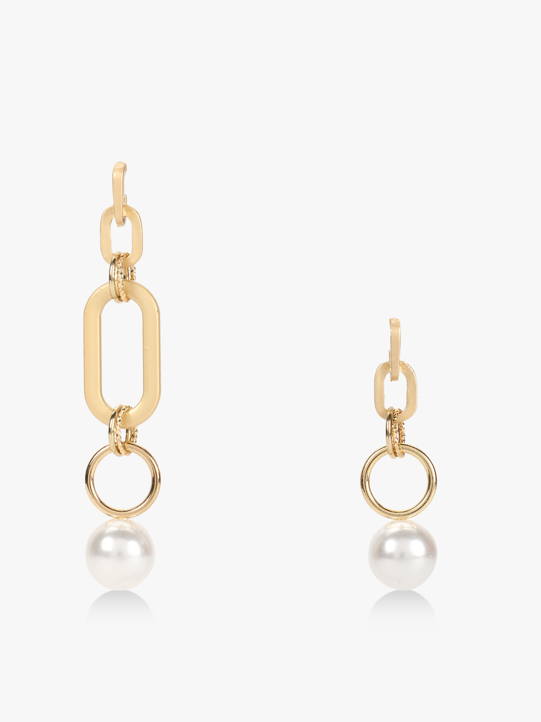 Style Fiesta Golden Pearl Detail Mismatch Earrings 1