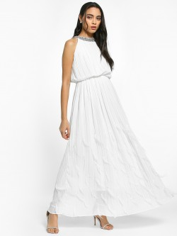 Flam Mode Diamante Embellished Neck Maxi Dress