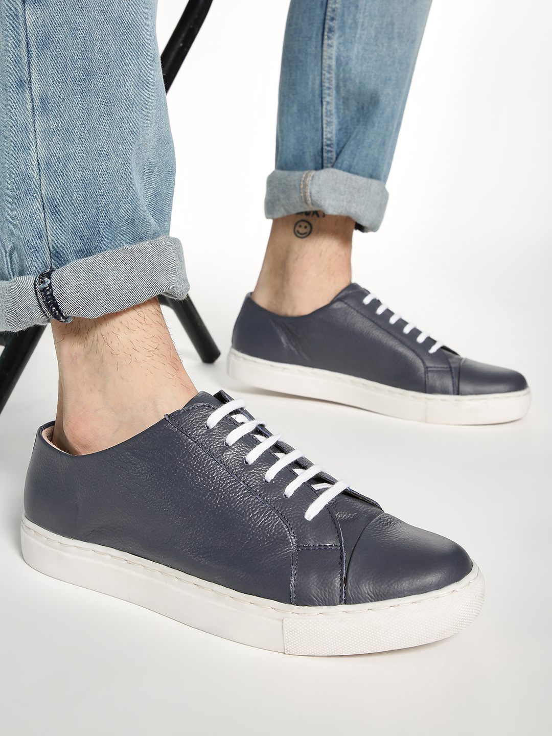 YOHO Blue Basic Lace-Up Leather Sneakers 1