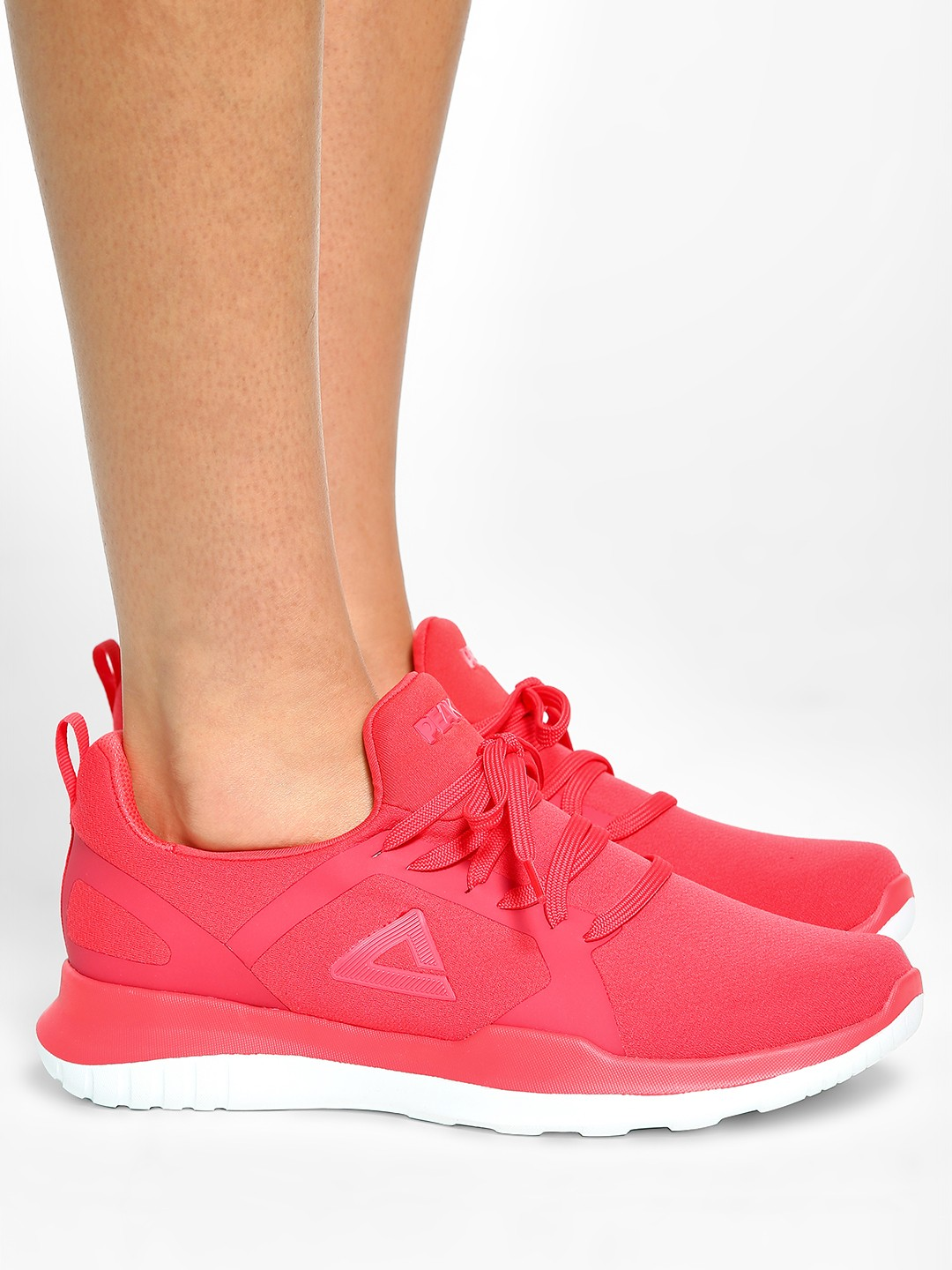 Peak Red Double Knit Running Shoes 1
