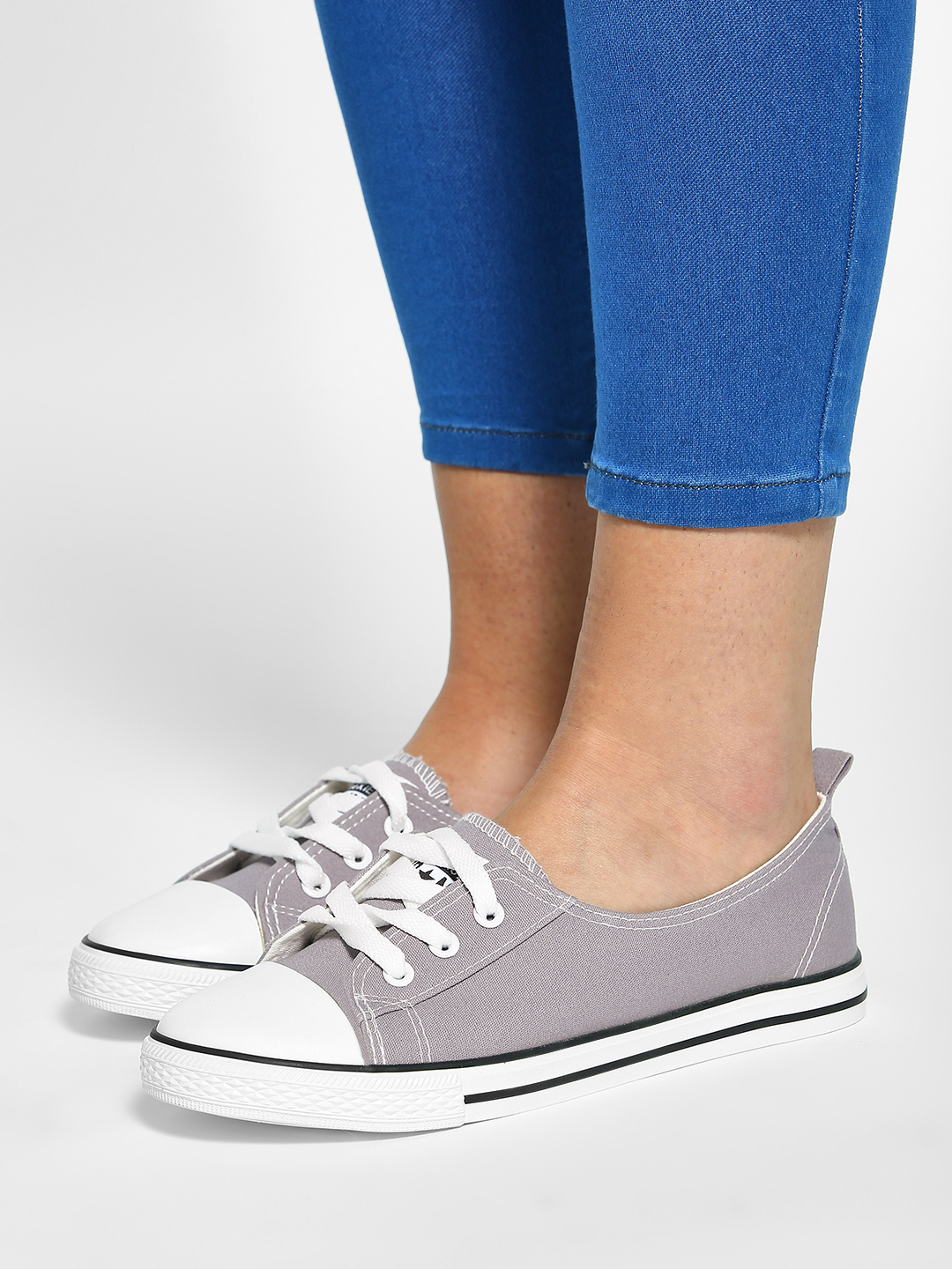 My Foot Couture Grey Basic Sneakers 1