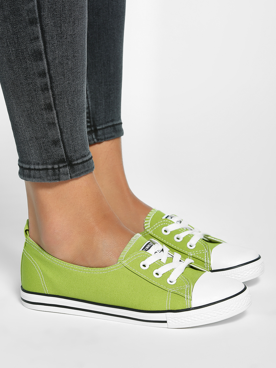 My Foot Couture Green Basic Sneakers 1