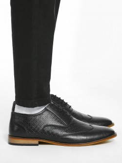Bolt Of The Good Stuff Textured Derby Formal Shoes