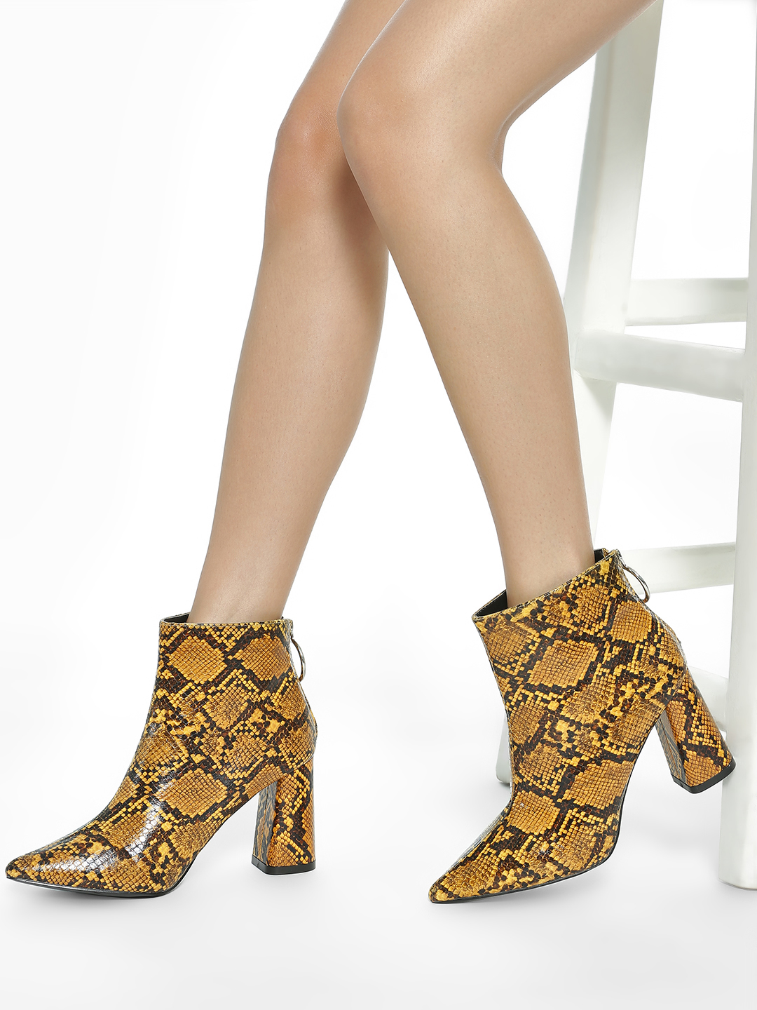 Intoto Yellow Snake Print Ankle Heeled Boots 1