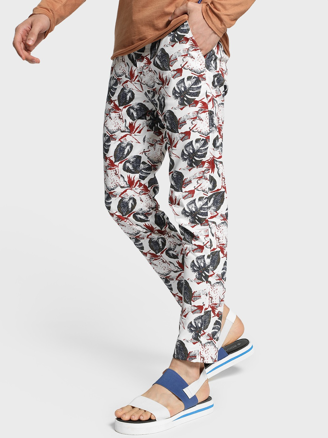 TRUE RUG Multi All Over Leaf Print Trousers 1