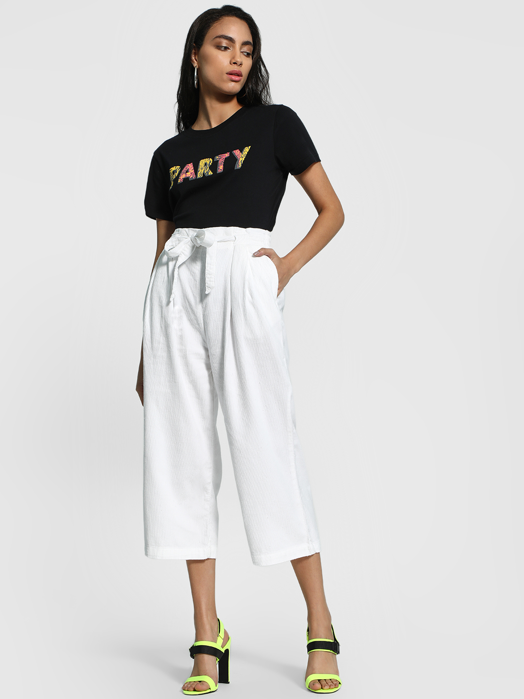 Blue Saint White Corduroy Tie-Up Cropped Trousers 1