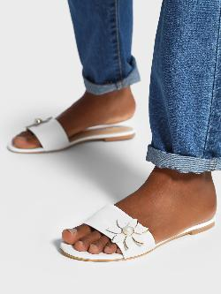 Shoe that fits You Pearl Flower Embellished Sliders