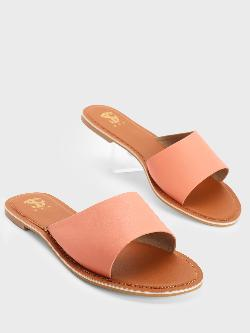 Shoe that fits You Asymmetric Strap Flat Sandals