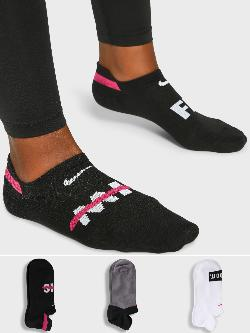 Nike Everyday Plus Lightweight Socks (Pack Of 3)