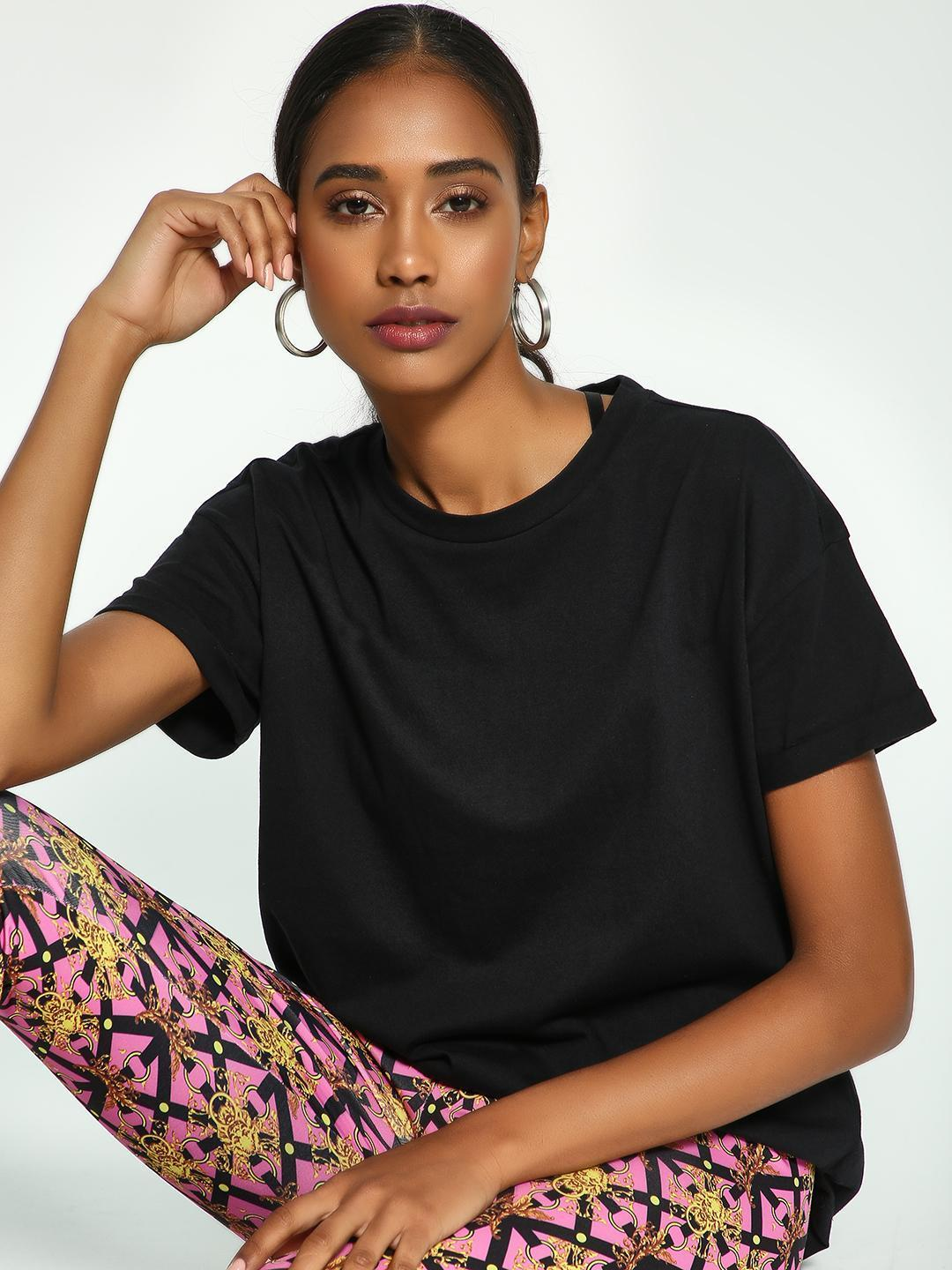 KOOVS Black Basic Crew Neck Boyfriend T-Shirt 1