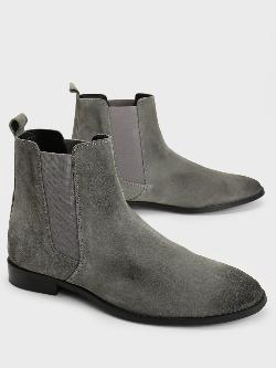 Griffin Suede Chelsea Boots