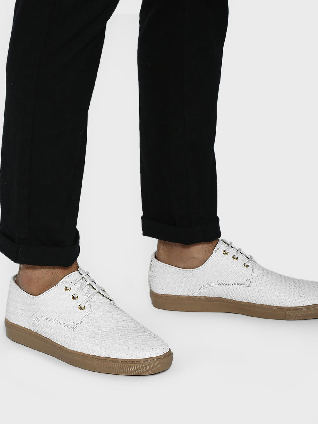 Bolt Of The Good Stuff White Handwoven Lace-Up Casual Shoes 1