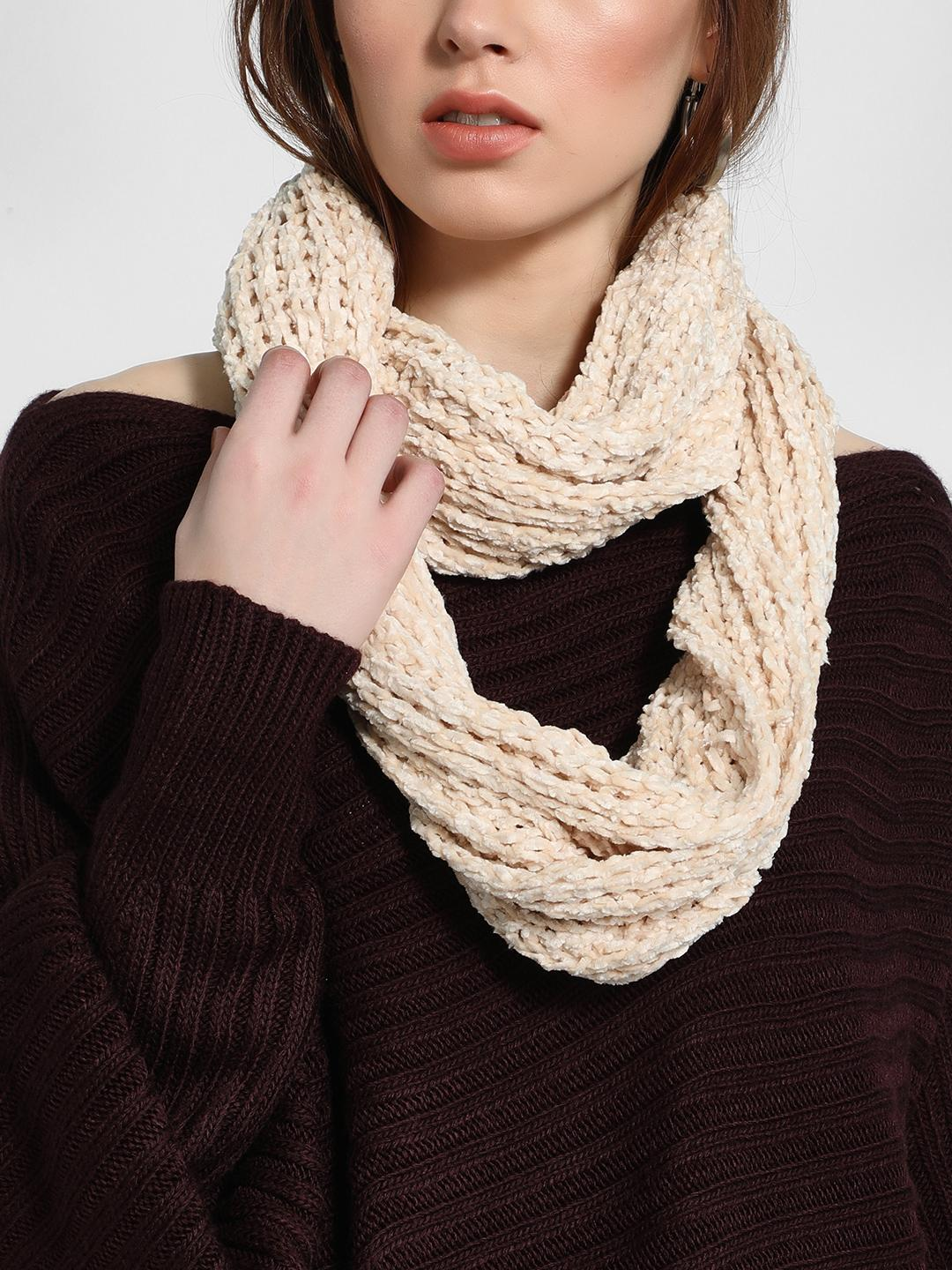 Funky Fish Beige Cable-Knit Round Scarf 1