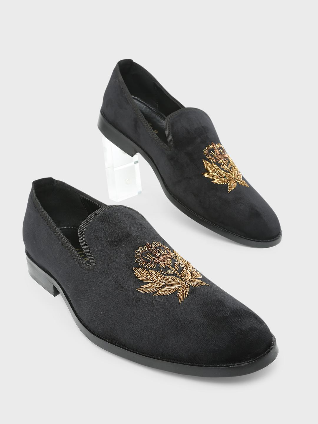 Griffin Black Embroidery Casual Loafers 1