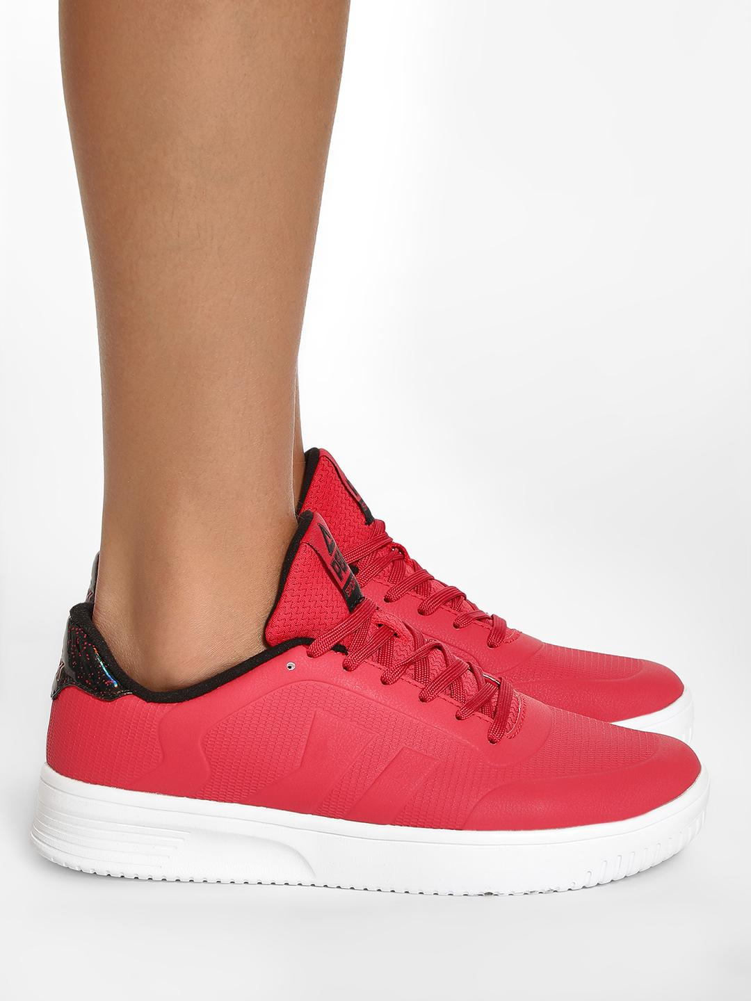 Peak Red Platform Sole Lace-Up Sneakers 1