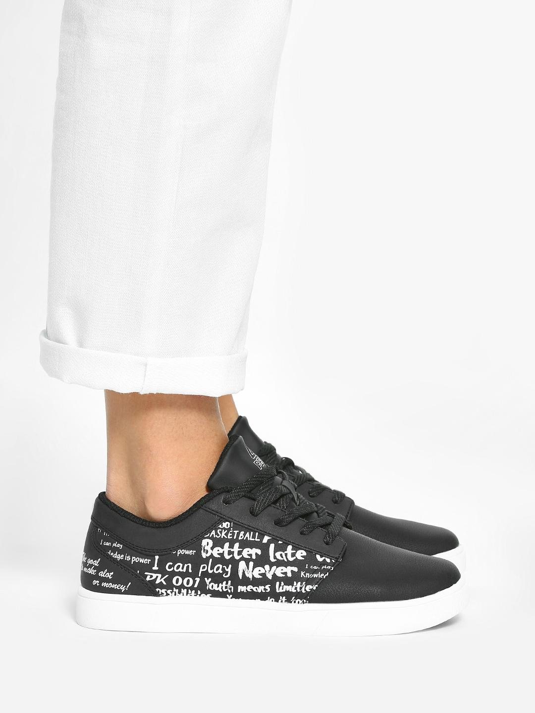 Peak Black Slogan Print Sneakers 1