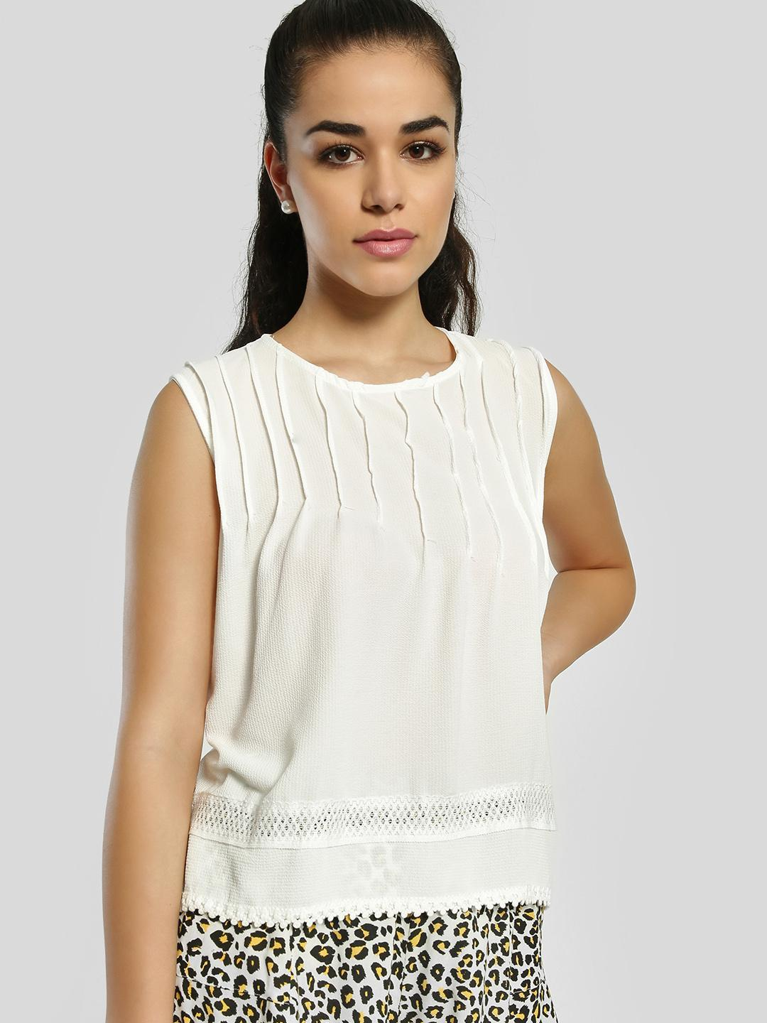 Privy League White Pleated Sleeveless Blouse 1