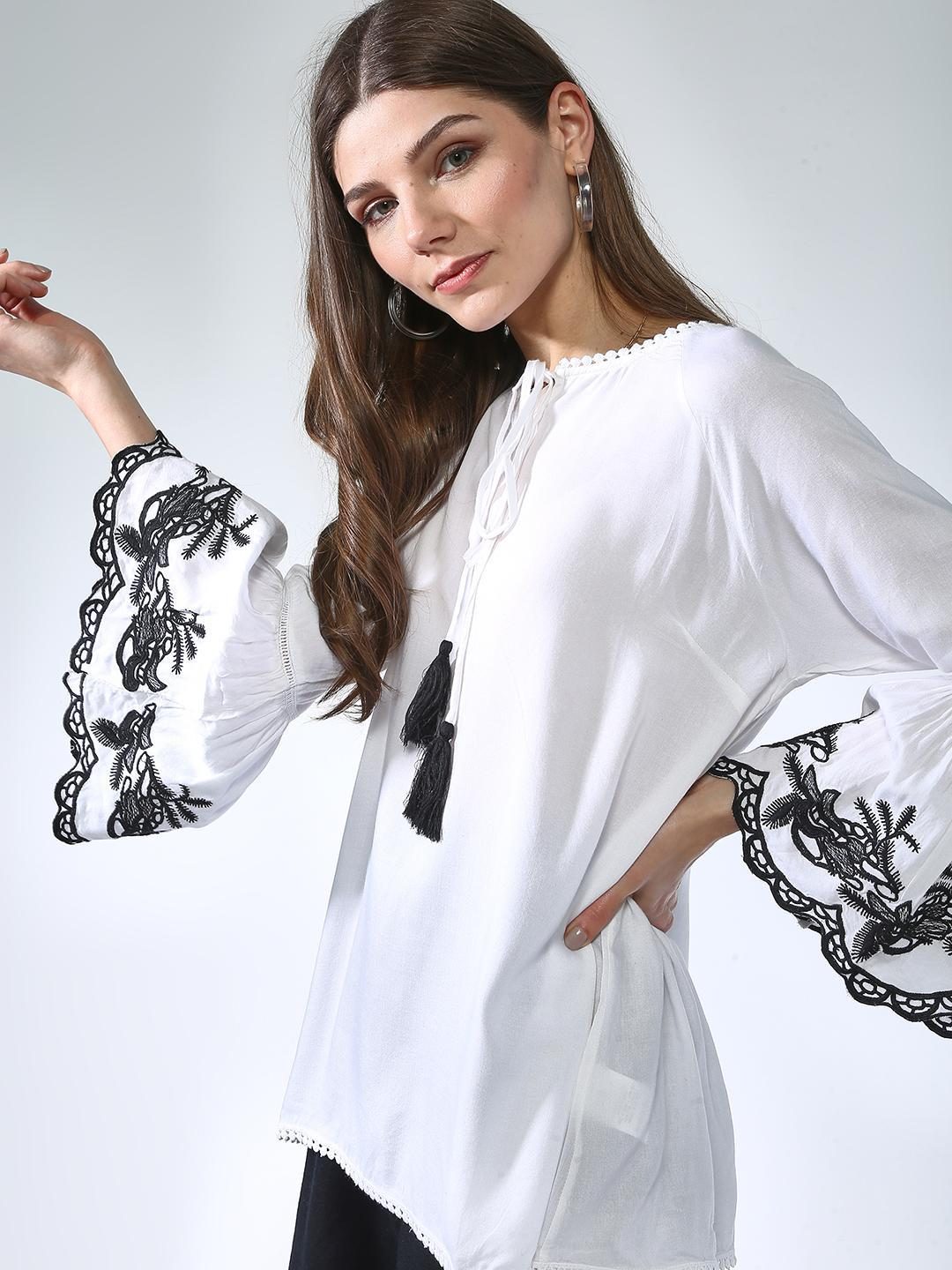 Oxolloxo White Embroidered Flared Sleeves Top 1