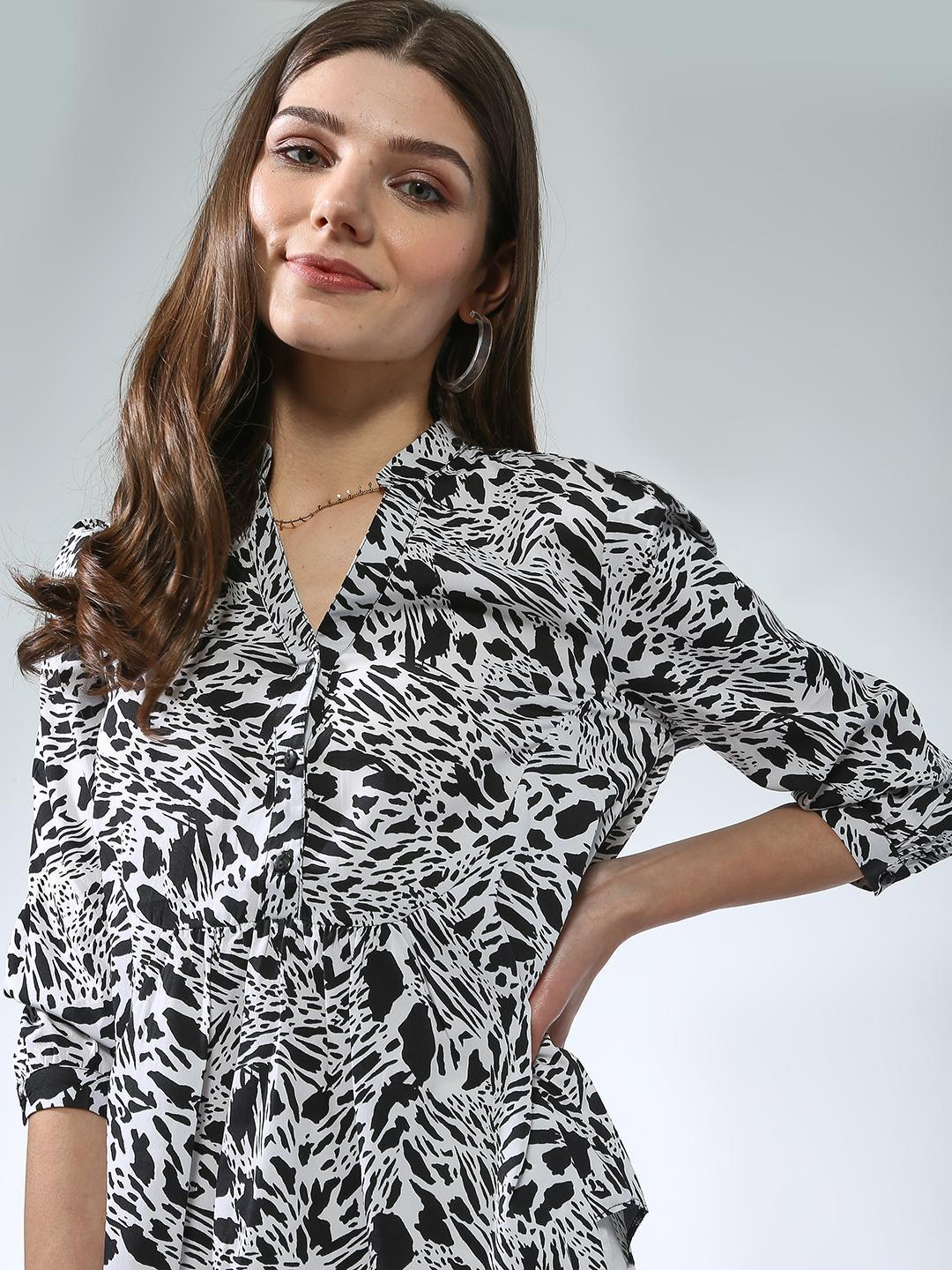Oxolloxo Ivory Half-Placket Button Printed Top 1