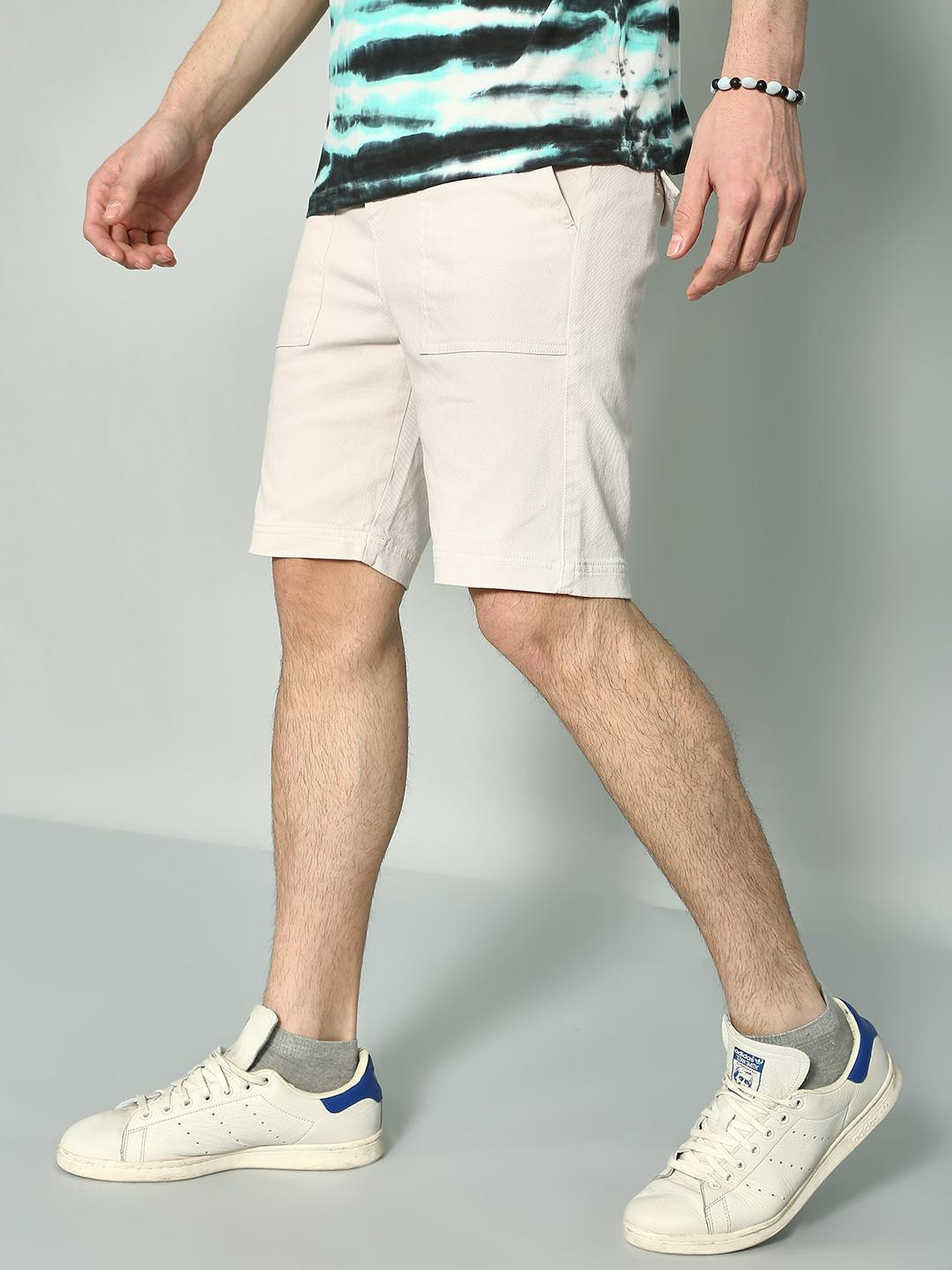 KOOVS OFFWHITE Basic Casual Slim Fit Shorts 1