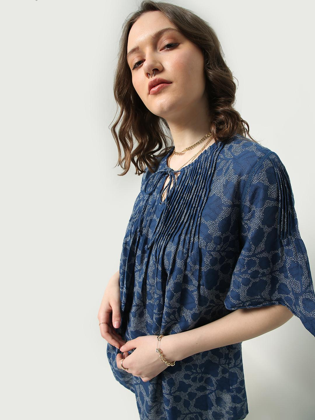 Oxolloxo Navy Floral Print Keyhole Neck Tunic Top 1