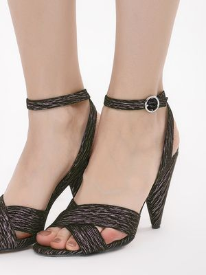 New Look Cross Strap Sandals With Conical Heel