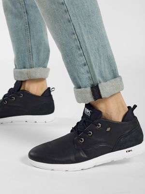 BRITISH KNIGHTS Contrast Cleated Sole Sneakers