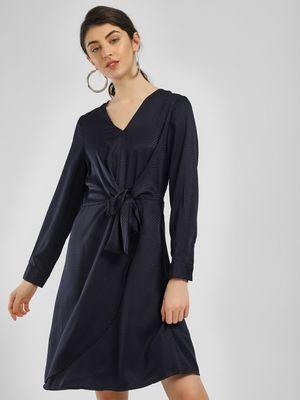 Vero Moda Front Tie-Up Shift Dress