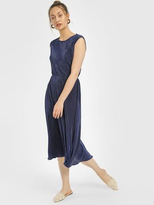 Miaminx Plisse Cap Sleeve Midi Dress