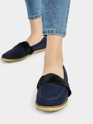Wet Blue Velour Ribbon Cushioned Loafers