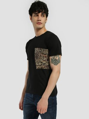 Rigo Leopard Print Pocket T-Shirt