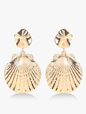 Style Fiesta Seashell Encrusted Earrings
