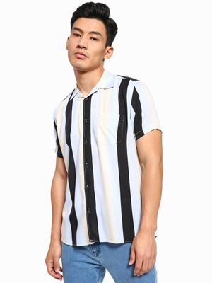 AMON Macro Vertical Stripe Cuban Collar Shirt