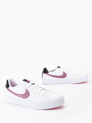 Nike Court Royale Running Shoes