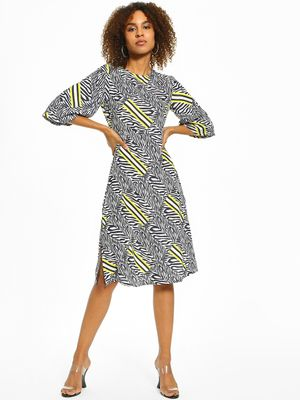 KOOVS Zebra Stripe Print Midi Dress