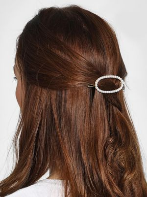 Funky Fish Oval Pearl Embellished Hair Clip