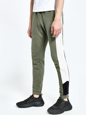 CHELSEA KING Cut & Sew Side Panel Joggers